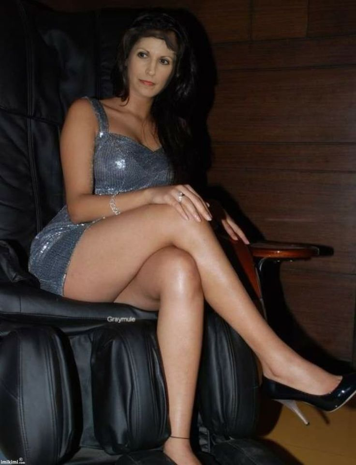 Recommend you Gorgeous sexy long legs