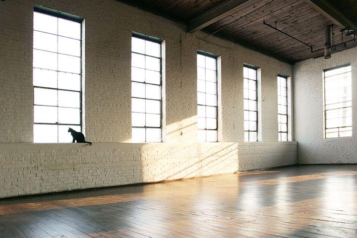 Daylight Studio 10 000 Sq Ft Of Hardwood Floors In Atlanta Ga Ambientplus Daylightstudio Eventspace
