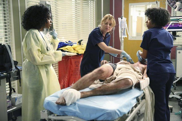 Pin for Later: Fall TV Is Here! Get Excited With All the Season Premiere Pictures Grey's Anatomy Meredith is struggling for a sense of normalcy on the new episode.