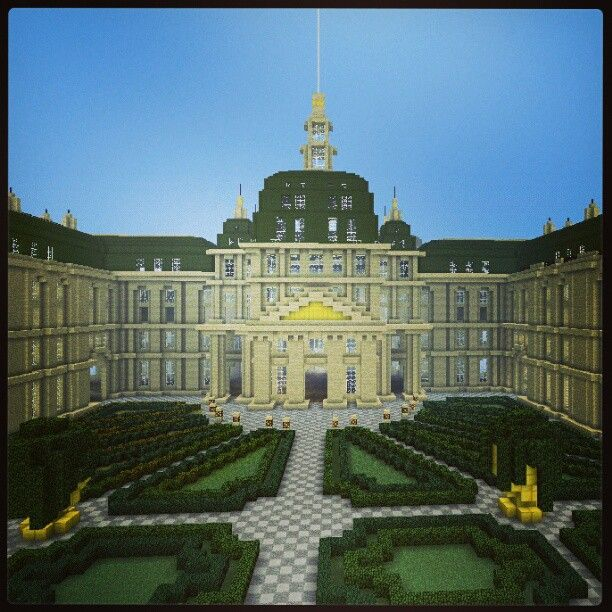 The first of many epic minecraft builds I will be posting on this board. Look at the detail on the roof and gardens. I don't usually make old builds, usually I make modern builds, but this is just epic. ~Blank Blogger Please like and follow me, it means a lot. Thanks