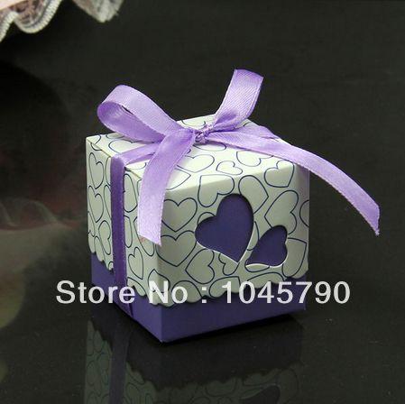 100X linda caixa quadrada doces roxos ocas coração branco caixas de papelão de papel do presente de casamento caixa caixa de doces US $18.99