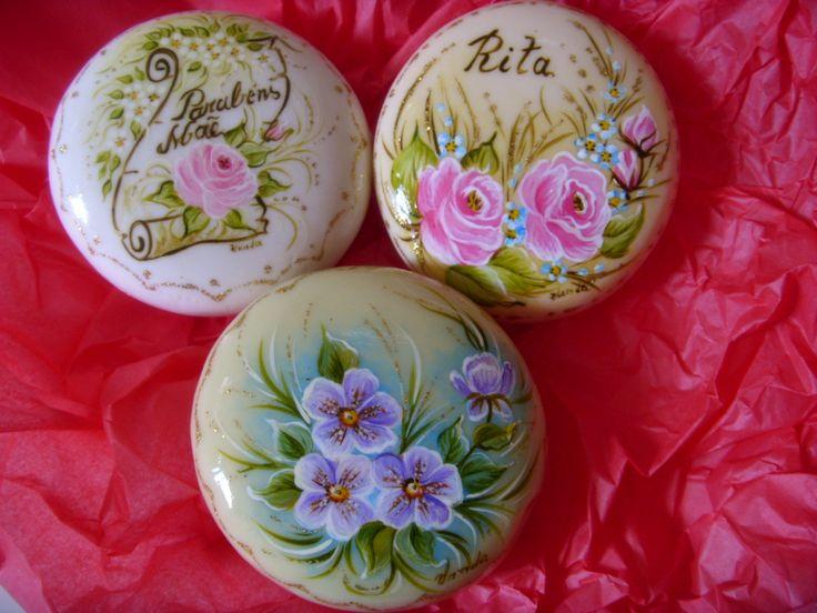 Lindos sabonetes pintados...