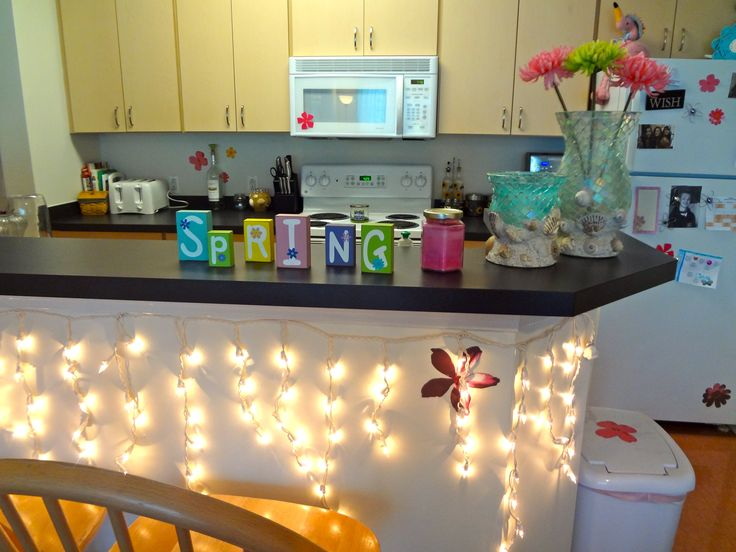 17 best ideas about college apartment decorations on for Cute kitchen ideas for apartments