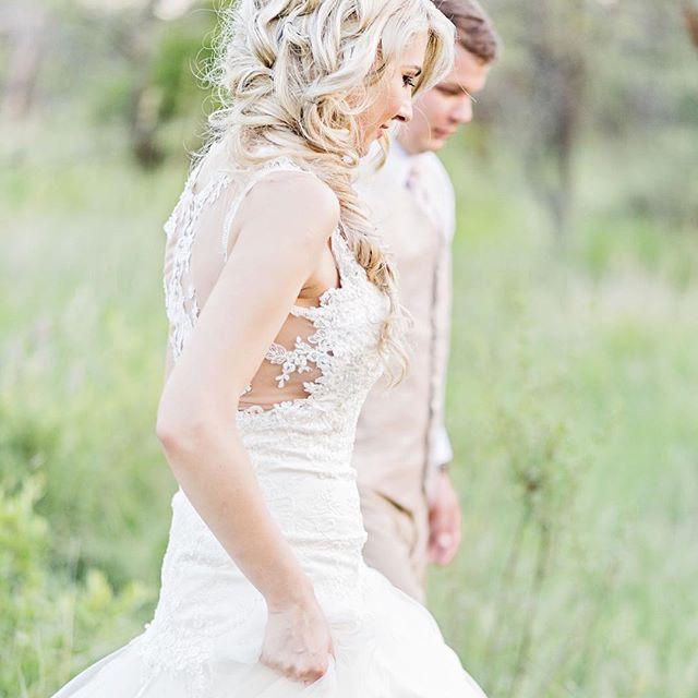 #DavishPhotography #SophisticatedSimplicity #SouthAfrica #lifestylephotographer #weddingphotographer #portraitphotographer #lifestyle #bridestyle #naturallightphotographer #naturallight #chasinglight #iamnikon #weddingfriends #prettyweddings #prettysessions #weddings #saweddings #weddingblog #weddingphotography