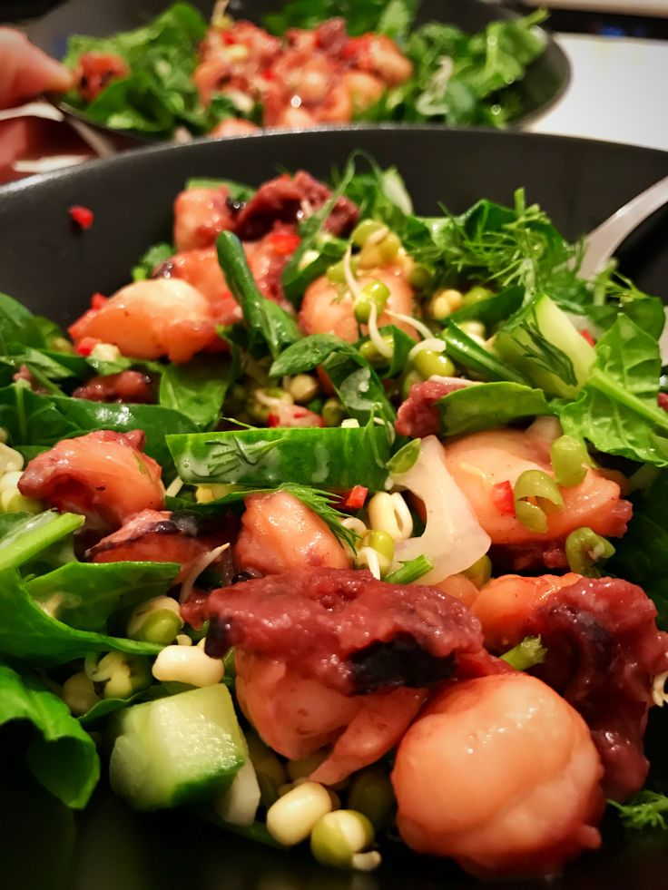 Grilled calamari salad with garlic home made mayo #whole30