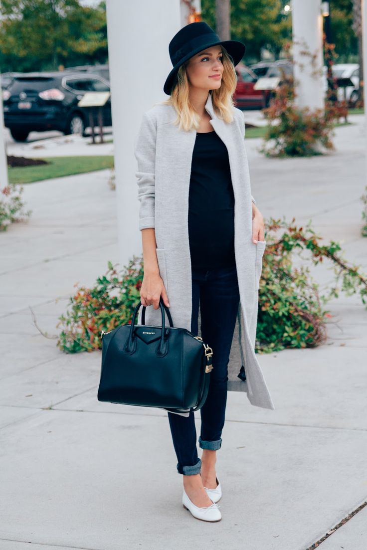 Little Blonde Book by Taylor Morgan | A Life and Style Blog : Weekend Style : Agota Duster