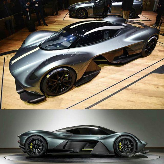 """""""Para vos que no lo viste! La marca británica revela su primer híbrido hiperdeportivo, el Aston Martin Valkyrie (me encanta el nombre) -  En este diseño, la aerodinamia toma el papel principal. Toma ideas del concepto del LMP1 (prototipo de Le Mans), pero con un diseño refinado y moderno, destacando grandes canales para viento, un aleron delantero similar al de la F1, cosa de locos. Desarrollado en un chasis monocasco de fibra de carbono, el cual reduce peso, y mucho. -  El interior es DIGNO…"""