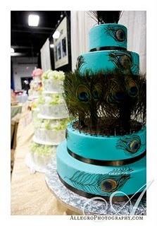 peackock cake
