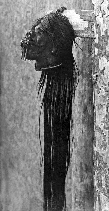 Ecuador c. 1934 A tsantsa from the Jivaro tribe in Ecuador. This photograph of the shrunken head was taken right after the head was shrunk.