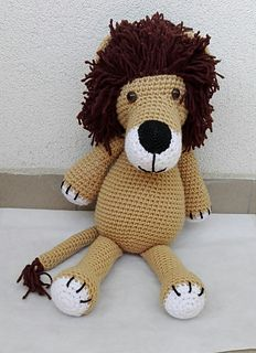 This pattern includes instructions how to crochet a lion step by step, material you will need and some pictures.