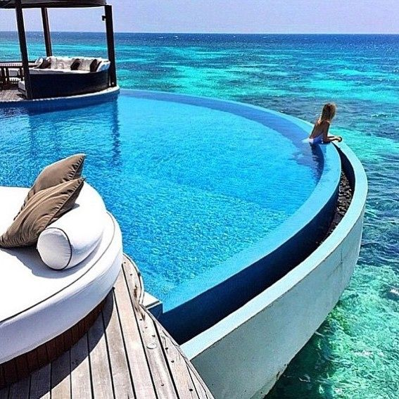 #Luxury #holiday #resort #goals #paradise #reef #mediteranian #ocean #pool #sun #summer #holidaygoals #executive #Beautiful #gifts #comingsoon #theexecutivegiftbagcompany #love #gorgeous #success #focus #vision #dream #businesswoman #entrepreneur #entrepreneurship #luxurylife #luxurylifestyle #occasion  @senstylable