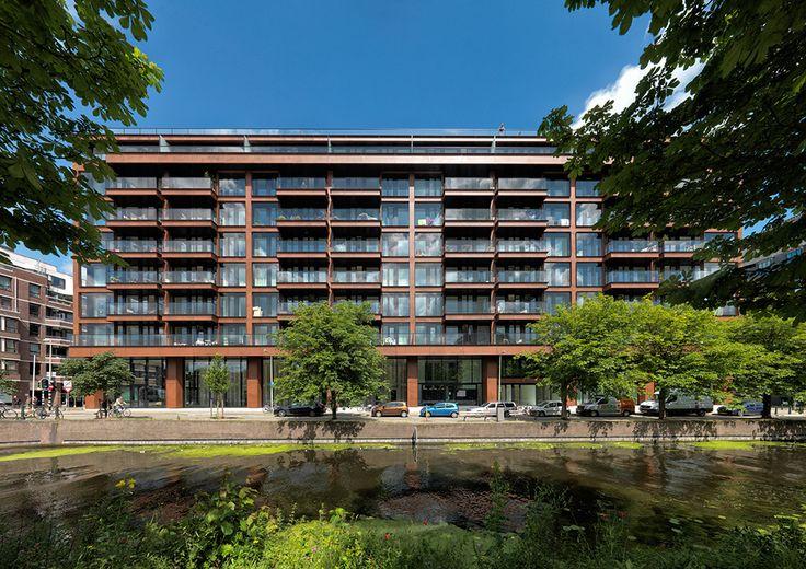 Transformatie Kortenaerkade, Den Haag    Voormalig kantoorgebouw getransformeerd en voorzien van Schüco ramen.    In samenwerking met Lieftink, De Vries en Verburg, ZZDP Architecten
