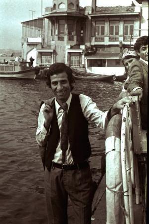 Kemal Sunal http://en.wikipedia.org/wiki/Kemal_Sunal
