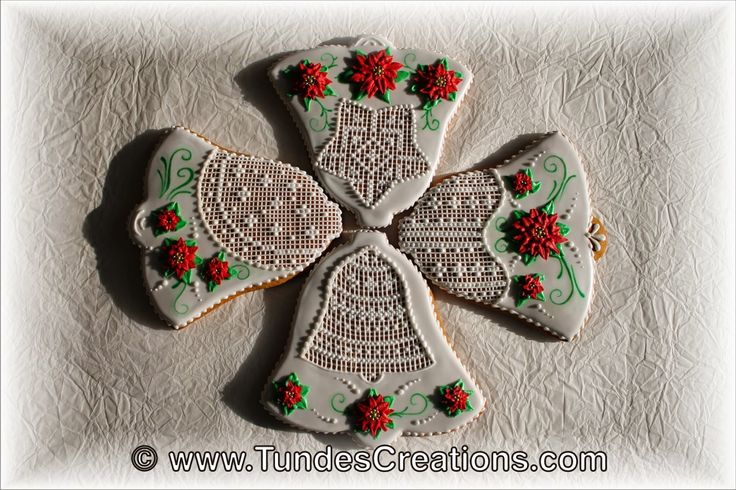 The Gingerbread Artist ~ White Bell Cookies With Poinsettias