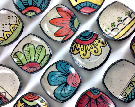 Petite Plates by LaPellaPottery #pottery #plate #socute