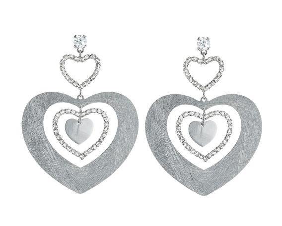 PER SAN VALENTINO...CHIEDI LA LUNA! Stroili ha pensato a un modo per rendere unica la festa degli innamorati: la collezione New Moon for Valentine's Day in limited edition.