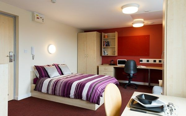 We offer studio rooms complete with en-suite shower room and a kitchenette area