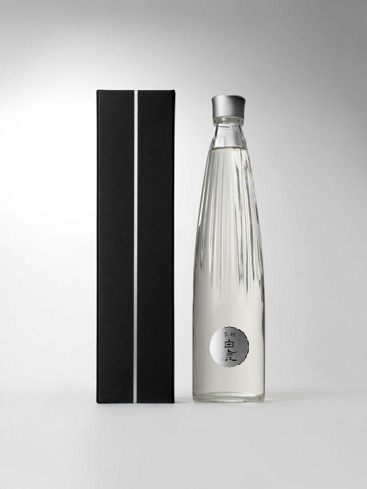 """Kuromatsu Hakushika"" | Japanese sake bottle | Beitragsdetails | iF ONLINE EXHIBITION"