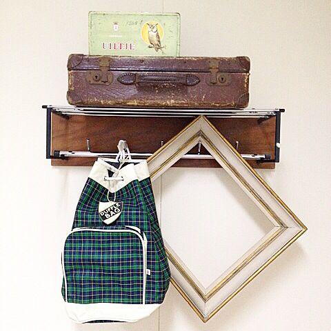 We hebben voor jongens en mannen ook ontzettend leuke kadootjes! Wat te denken aan vintage stijl sporttas, fiets hulp setjes, stoere stickers, labels, vintage jongens behang, bouwpakketjes en vintage stoeltjes! Kijk op www.vanonzetafel.nl/webwinkel voor alle kadootjes! #cadeautjes #man #jongen #vintage #labels #behang #tassen #jarig #feest