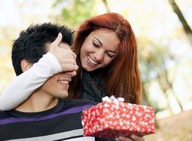 3 Ways to Spend Less and Still Give More This Christmas
