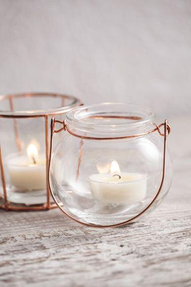 Cobre y cristal para vestir las velas #muymucho #velas #aromaterapia #blanco #cristal #recipiente #velero #cobre #metal #tendencia #decoración #deco #hogar #iluminación #hygge