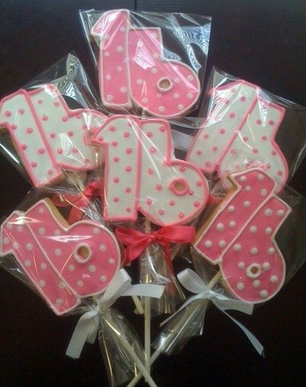 Sweet 16 Birthday Cookies-maybe Penny can do these for my niece's birthday in March?
