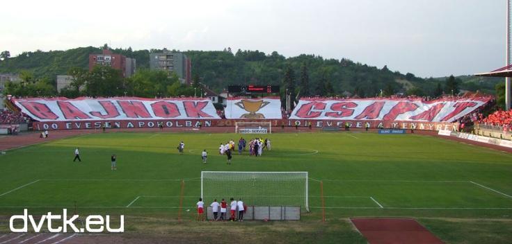 Így ünnepelték az ultrák a DVTK feljutását az NB I.-be   (DVTK - Cegléd 2011. június 4.)