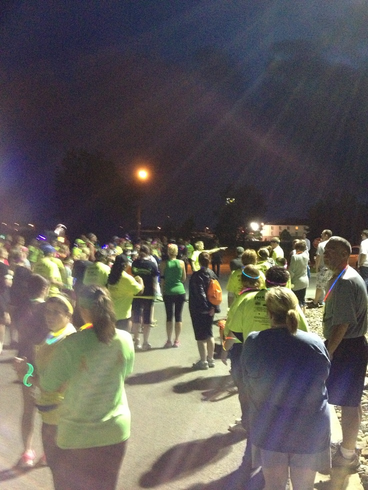 Nite Lite 5k - Run, Walk, Roll - Mau 31, 2013 to support Harbor House of Kankakee County