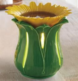 ScentGlow® Warmer Tuscan Sunflower,  The wickless way to add fragrance to your home! A 25 Watt bulb lights this glazed sunflower ceramic warmer, creating a radiant glow and releasing the scent of fragrant wax melts $15 WHILE SUPPLIES LAST    MORE INFO: www.partylite.biz/nikkihendrix
