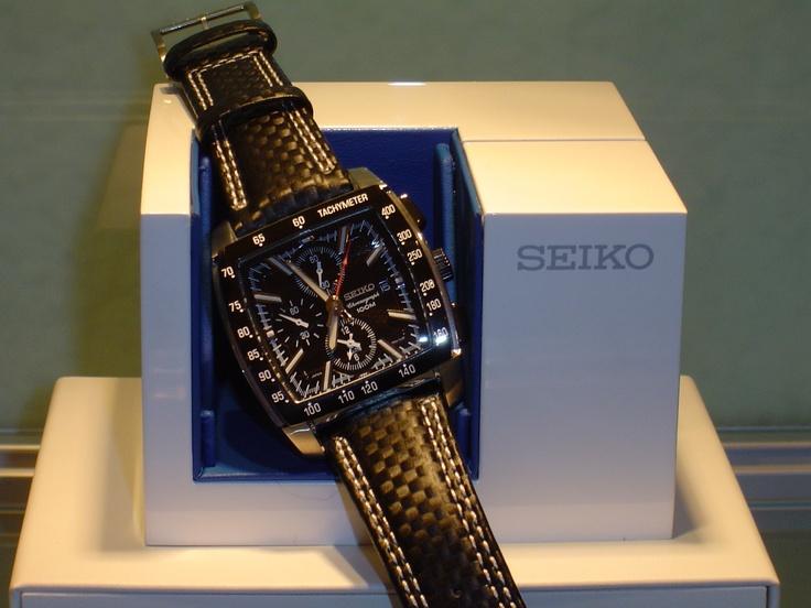 Seiko alarma,chrono,100 metros,cristal de zafiro.PVP 236 € (antes 295 €)