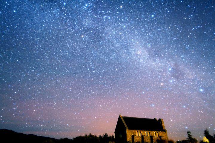 世界初の星空世界遺産?ニュージーランド「テカポ湖」の美しすぎる満点の星空