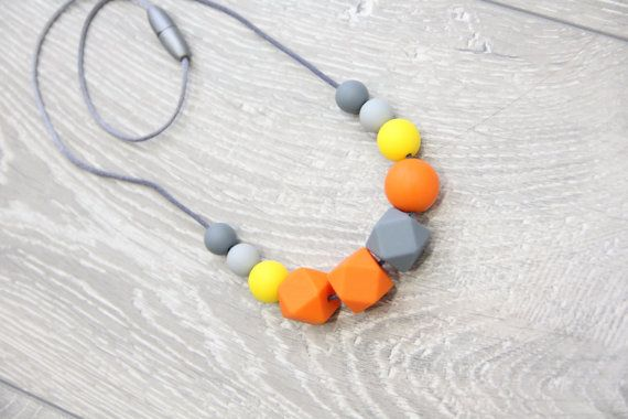 Silicone Nursing & Teething Necklace with safe от TeetherLand