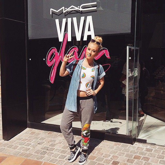 Vesta Lugg  outfit original verano color