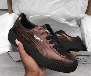 Pumas, Shoe