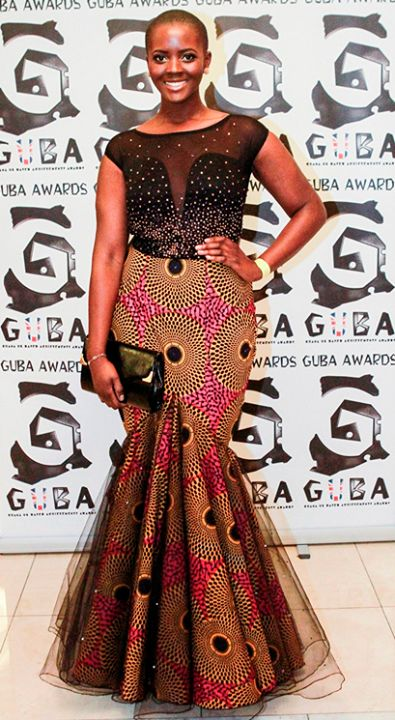 Moda Africana (ROUPAS)                                                                                                                                                     Mais