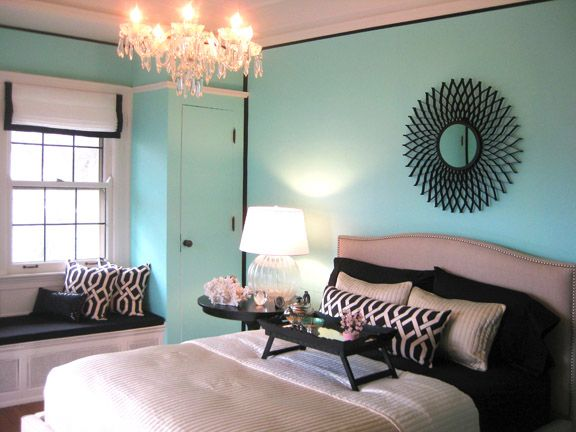 i love tiffany blue wall paint! painted my bedroom tiffany blue in december :] i NEED this chandelier!!