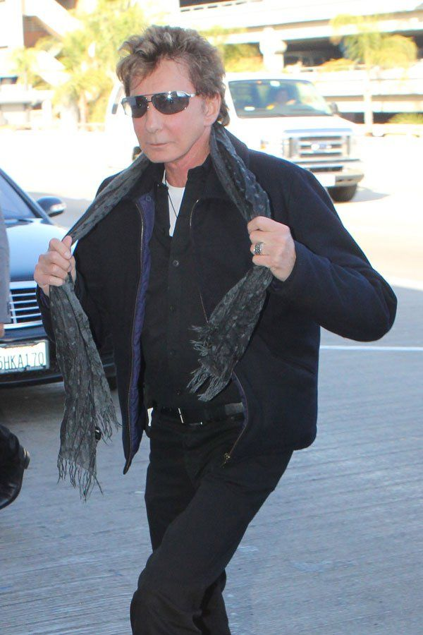 204 best ❤️Barry images on Pinterest   Barry manilow, Artist and ...