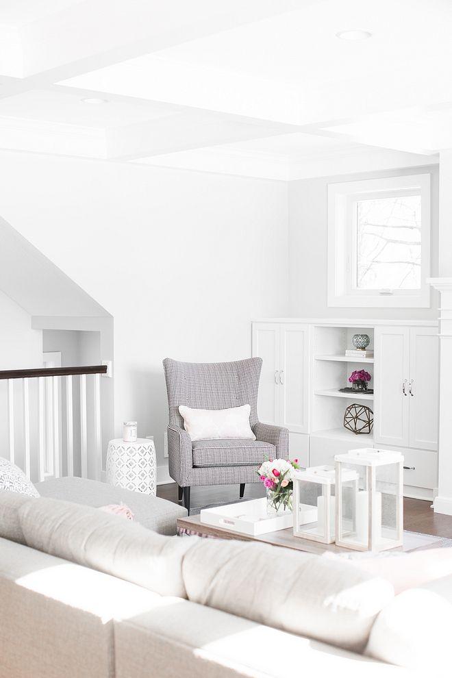 Benjamin Moore Decorator S White Benjamin Moore Decorator S White Paint Color Benjamin Moore Decorator S White B Decorators White Home Decor Home Decor Styles