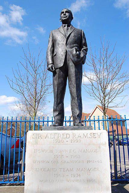 Alf Ramsey statue, Ipswich