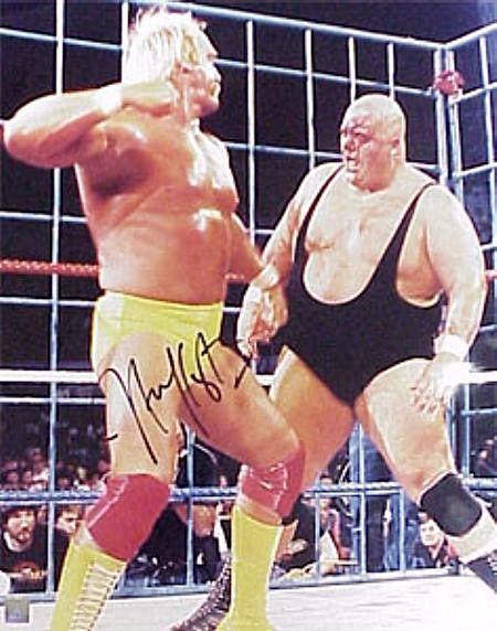 Hulk Hogan Signed 8X10 Photo - VS King Kong Bundy