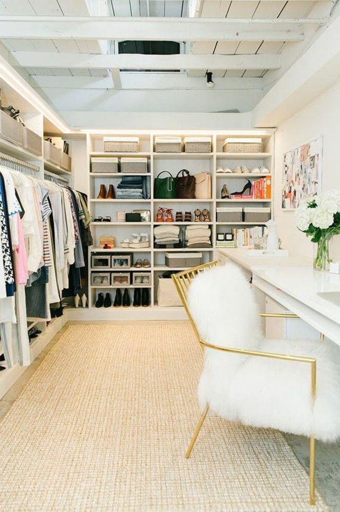 Ankleidezimmer Einrichten Weiser Begehbarer Kleide In 2020 Dressing Room Design Room Design Dressing Room