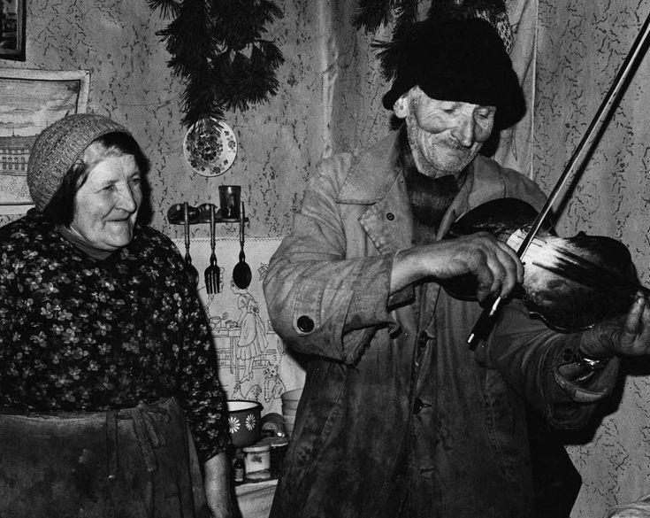 """""""Stefan Madej, rawskie 1983 r."""" Fot. Andrzej Bieńkowski. Ze strony: http://andrzejbienkowski.blox.pl/2015/01/Fotografie-terenowe.html"""
