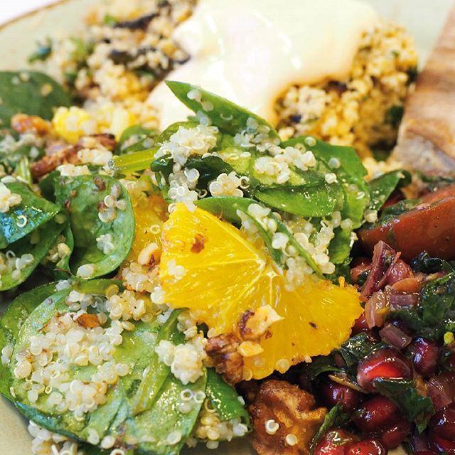 #CouscousSalat mit Grillgemüse & Chili-Joghurt-Dressing #ParsleyandFruitsSalat mit Quinoa & Spinat #Kirschtomatensalat mit Granatapfelkernen & gebackenem Thymian
