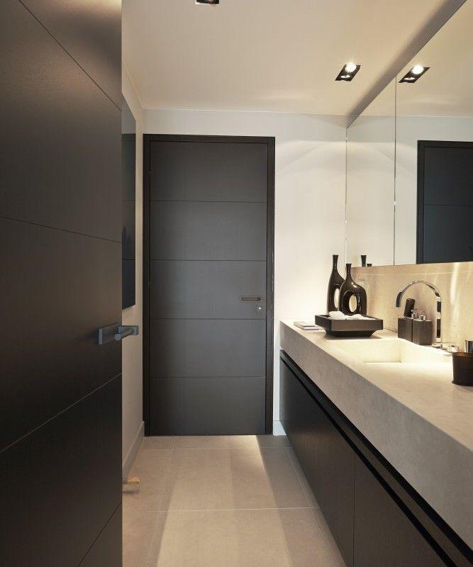 Een mooie stijldeur voegt niet alleen iets toe aan het interieur. Hij maakt een huis ook spannend. Wat zit erachter? De deur als belofte van goede smaak. De stijldeuren van Bod'or openen daarvoor een wereld aan mogelijkheden. De Nederlandse producent ontwikkeldedrie unieke ontwerperscollecties v…