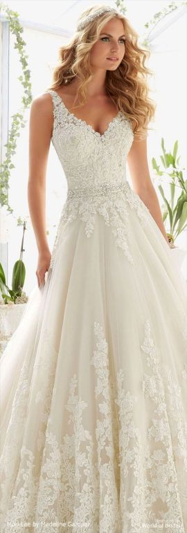 Wedding dresses & gowns for your big day 9