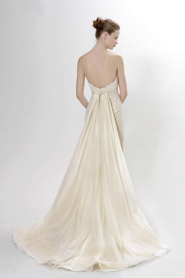 Scarlatti Wedding Dress (Back) – Langner Couture Berlino 2012 Collection- beautiful!