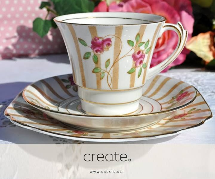 #WIN this beautiful vintage style tea cup in this weeks #FreebieFriday! To find out more and enter simple follow the link: http://on.fb.me/1jfd0Qw