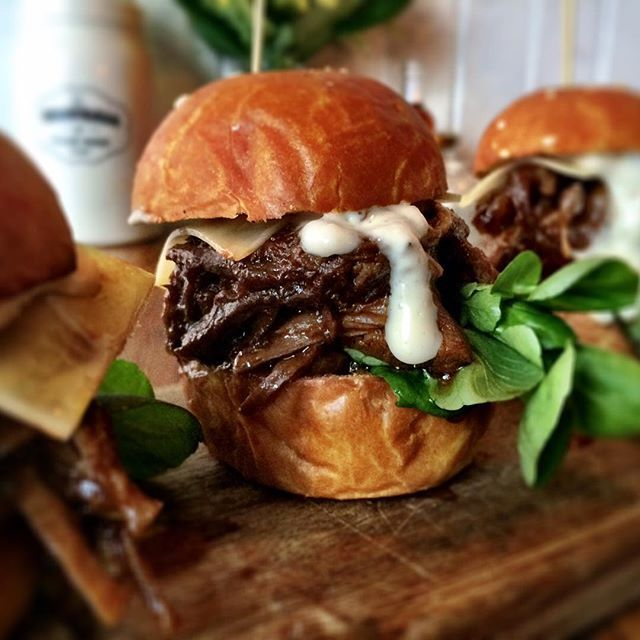 Slider special: Beef Brisket w horseradish cream! You know you want to! #sliders #brisket #foodie #melbournefoodie #meatballwb #friyay