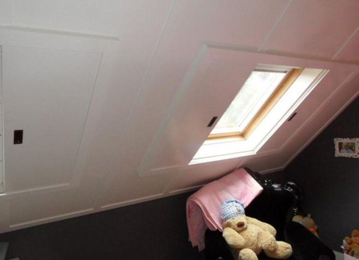 Schöne Innenschiebeläden, um die Dachfenster zu verstecken und schaffen zusätzlichen noch einen Kühleffekt, wenn es im Sommer heiß ist.