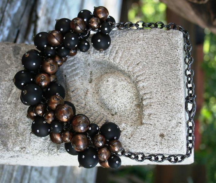 Collana girocollo a torchon in catena forzatina ritorta col. brunito con  perle in resina color bronzo e perle nere con strass cristallo di CUCCOLIACCESSORIMODA su Etsy